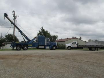 We can do light duty, medium duty and heavy duty towing! Available 24/7!